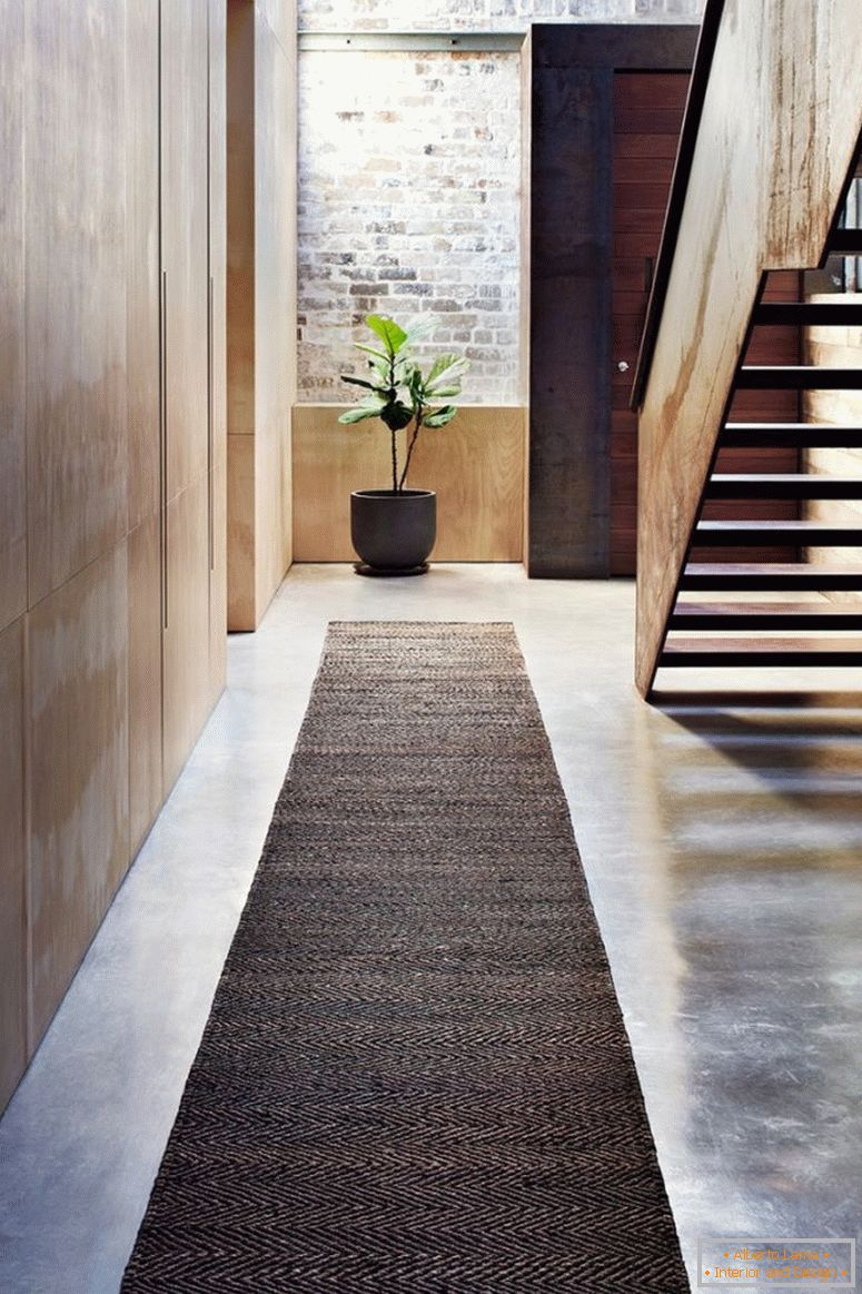 brown_cove_jacket_cat_brown-carpet-path-mat